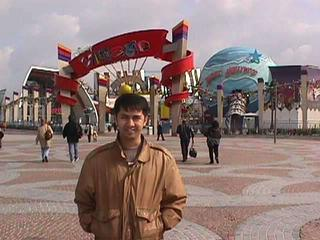 Disneyland, Paris 3-19-99