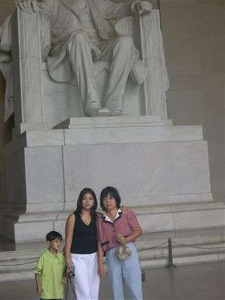 us with Lincoln (putol)
